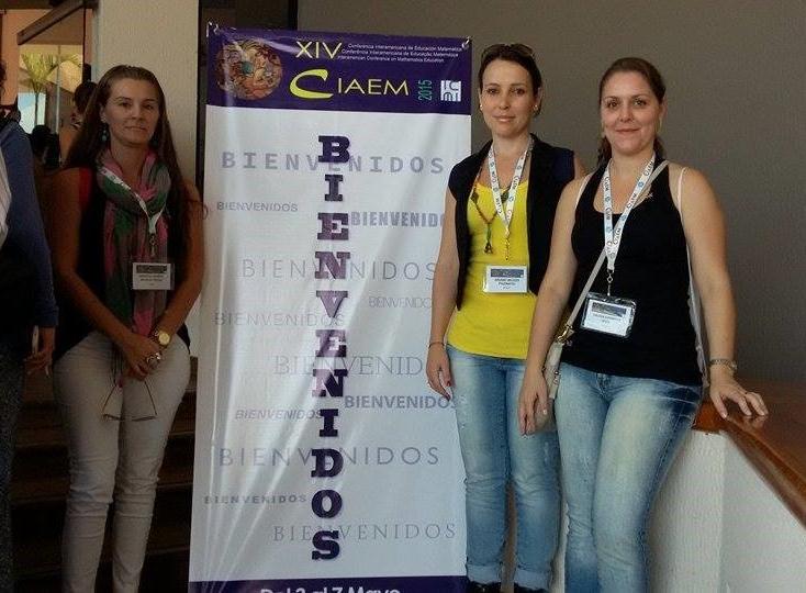 Alunas de Pós-Graduação em Educação participam de evento no México